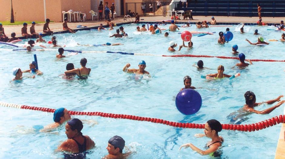 Vapeurs de chloramines dans les piscines couvertes