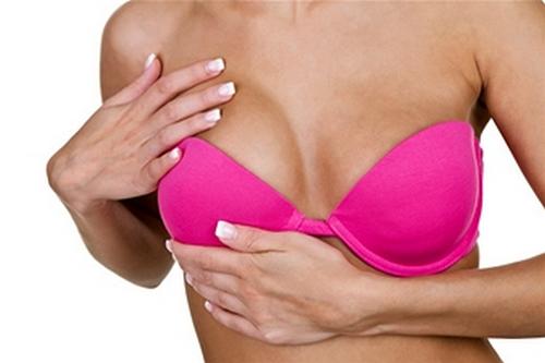 Exercice poitrine : comment raffermir sa poitrine avec le